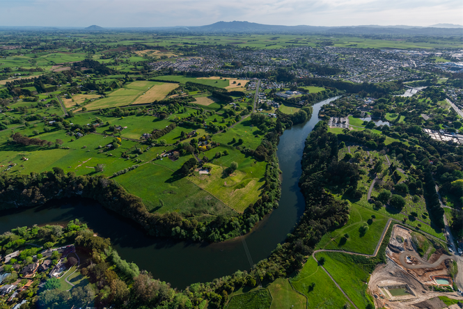 A bird's eye of view of the Waikato River.